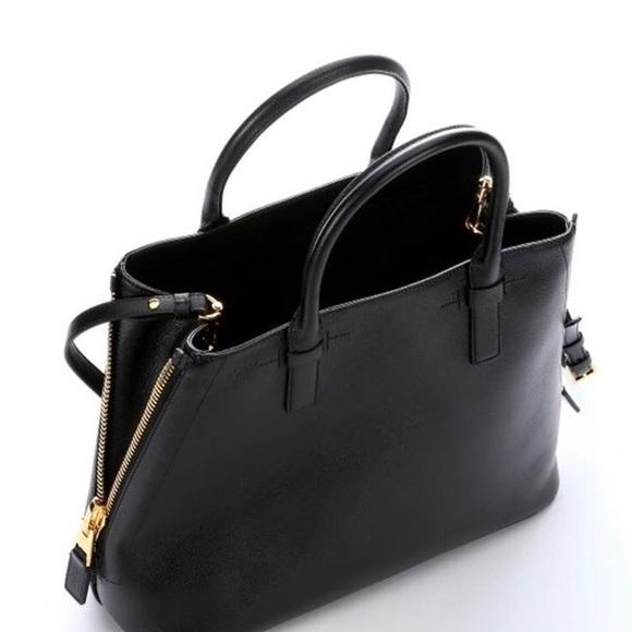 57111b73340 Excellent Condition Tom Ford Handbag Black Purse